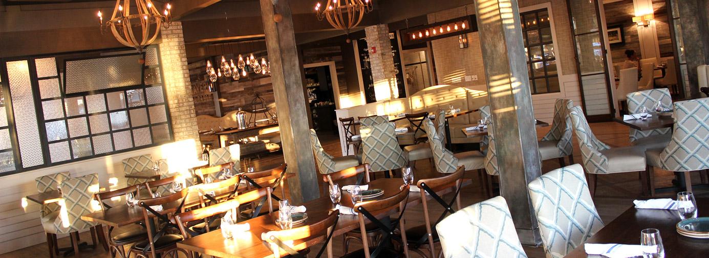 Charleston Sc Shem Creek Newcomer Tavern Table Brings Global Credit To Http Charlestongrit Com